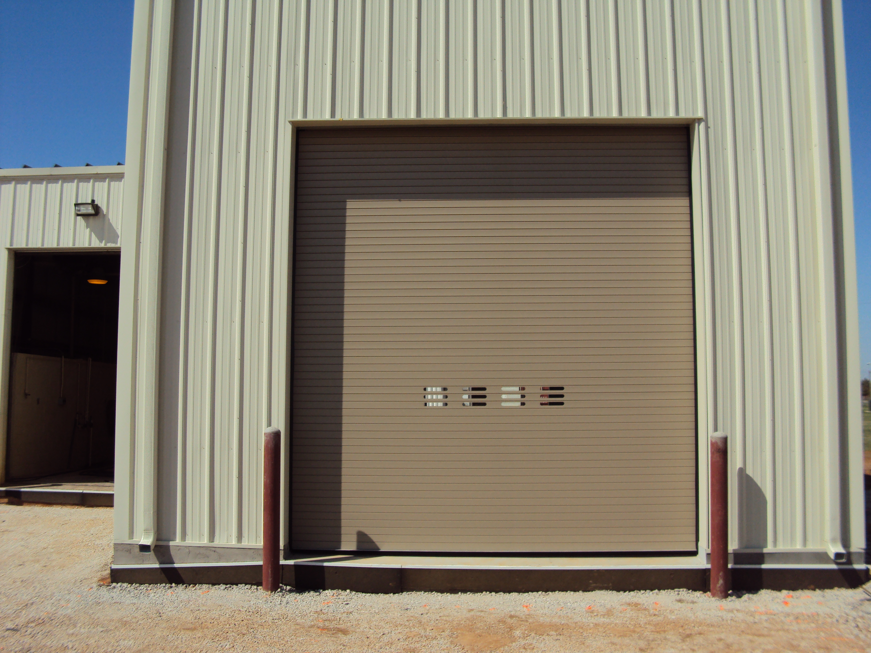 insulated garage doors Thermiser Max ... & Thermiser Max® Insulated Roll Up Door