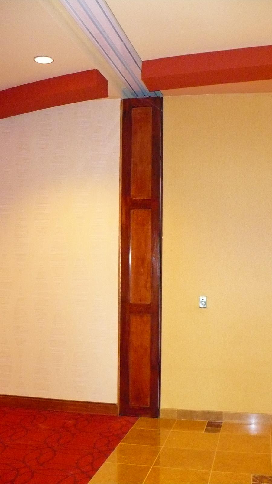 Merveilleux Cookson Door